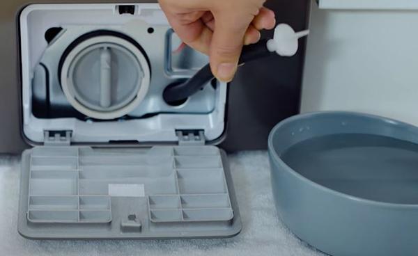 Samsung front load washer smells bad